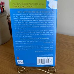 Penguin Books Accents - Self-Nurture Learning to Care for Yourself / Domar